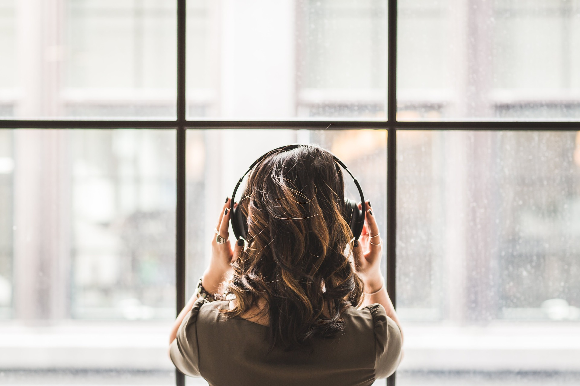 Let's Catch Up! [Your Guide on Binge-Listening to The Messy Table Podcast]